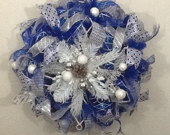 Blue and White Snowflake Wreath