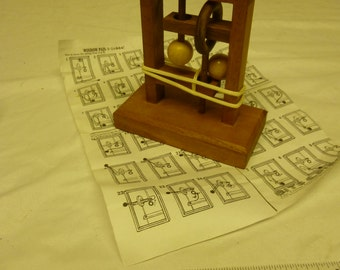 VINTAGE Wooden Puzzle Toy
