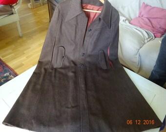 hunting coat, capa, brown falcon wool, smart.