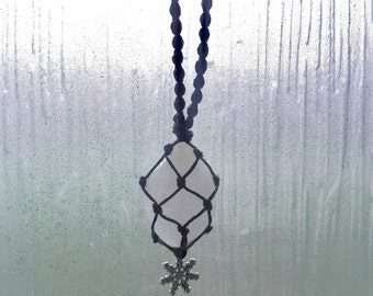 Snowy Quartz Macrame Necklace