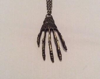 Hand pendant necklace boney Skeleton antique look fashion