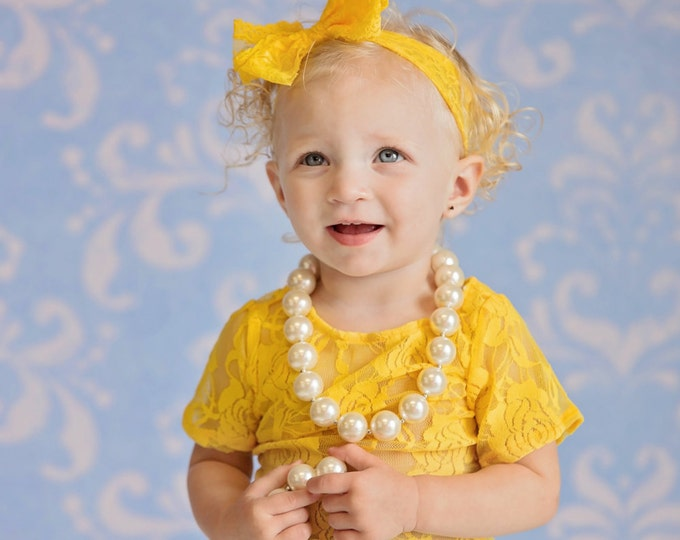 PICK COLOR, Baby Girls Lace Bow Headband, baby bows, Easter headband, Easter bow, baby girls photography props, newborn headband, baby bow