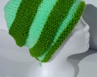 Cap wool bold and modern