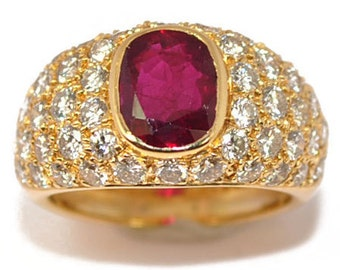 Ring 18 k Yellow Gold Oval Ruby demi-jonc