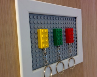 Lego key holder / key rack / key organizer in a frame with Lego brick keychain (wall mounted)