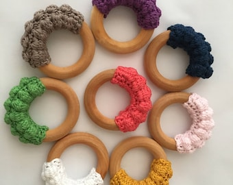 Crcochet wooden teether with bubbles