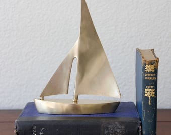 Brass Boat - Brass Sailboat - Vintage Nautical Decor - Vintage Sailboat - Vintage Boat - Brass Nautical Decor - Mid Century Sailboat - Boat