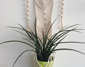 Floral suspension / macrame / unbleached natural cotton + Driftwood / hand made / hippy Bohemian interior decoration