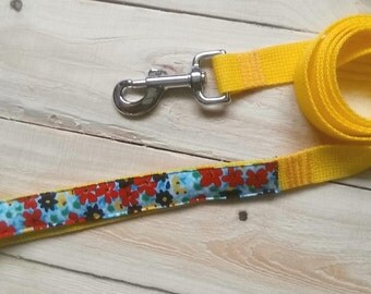 Flowers, floral dog leash, floral print, summer dog leash, girl dog leash, five foot leash, 5 foot leash, yellow, red, blue, green