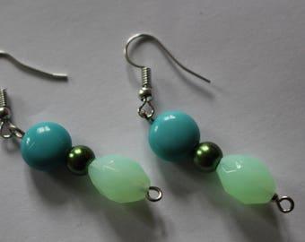 Blue-green bead mermaid earrings