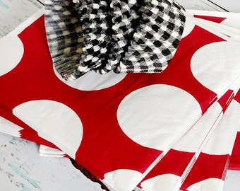 FREE SHIPPING Alabama Crimson Tide Party Napkins and Black Check Cupcake Liners for DIY Tailgate Decorations