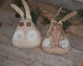 1 Primitive Grungy or White Washed Happy Easter Happy Spring Bunny Rabbit Heads Bowl Fillers Ornies Shelf Sitter Tucks