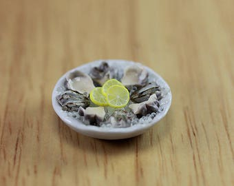 Fresh Oysters - 1:12 Scale Dollhouse Miniature Seafood Collection