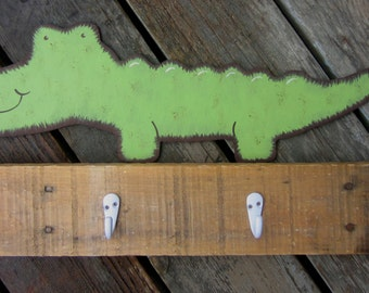 ALLIGATOR Pallet Wood Kids Towel Rack - Original Hand Painted Hand Crafted Rustic Nursery Decor