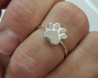 Dog paw ring, paw print ring sterling silver, dog lover jewelry, stacking ring whimsical