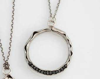 Groove Necklace with Raw Diamonds