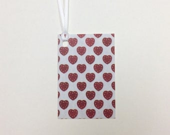 9 Valentine heart tags with ribbon - 2 x 3