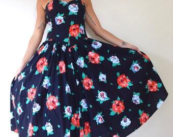 Vintage 80s 90s does 50s Strapless Floral Cotton Sun Dress (size medium, large)