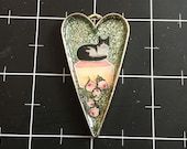 Rosewater Cupcake, The Sweetest Cat Pendant, 50% goes to the featured animal chairity