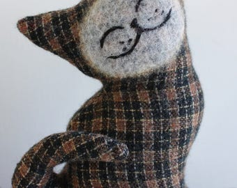 Chestnut Cat - Wool Plush