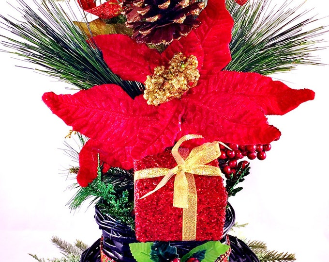 SALE- Top Hat Red Greenery Pine Cones Ornaments - Holiday Christmas Centerpiece Decor