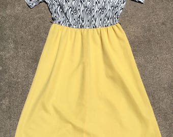 1980s Casual Day Dress - Zebra Print Yellow Skirt - Faux Wood Print - Black White Yellow  Secretary Dress - Colorful Spring Summer - 38 Bust