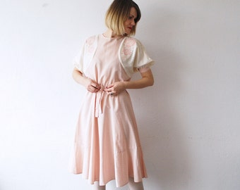 70s pastel pink and cream dress. princess dress. embroidered dress. romantic day dress - small