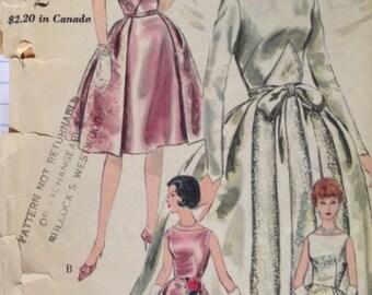 Vintage 60s Wedding Dress Gown Pattern Vogue 4285 Bridal Bridesmaid Brides Maid 32 bust