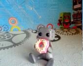 Dainty Donut Noms Robot (Pink Version)