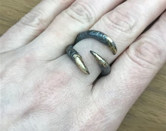 Triple Claw Ring with Gold Claws