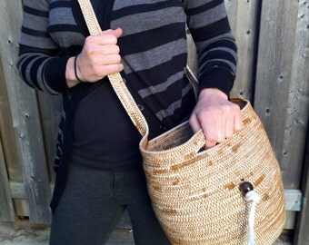 Cross Body Gathering Basket - Rope Coiled Basket - Harvesting Basket - Crossbody Purse