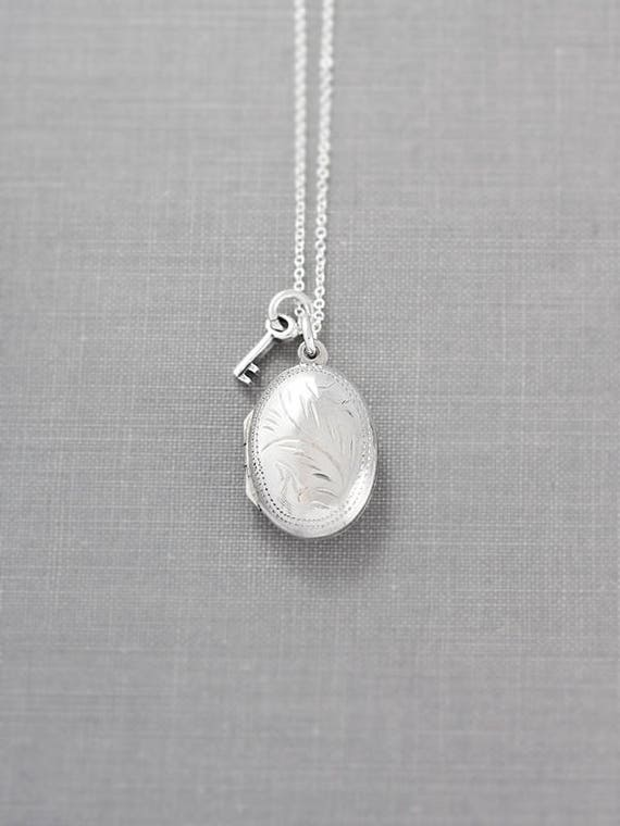 Dainty Oval Sterling Silver Locket Necklace, Simple Engraved Vintage Pendant w/ Key - Tiny Treasure