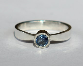 Size 2.5 Child's Natural Blue Sapphire Sterling Silver Birthstone Ring