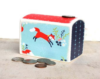 Hey There Fox Wood Bank, Kids Money Banks Coin Bank, Kids Room Decor, Nursery,  Coin Box, Coin box, Woodland, Whimsical, Solid Wood