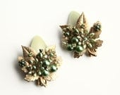 Vintage Green and Gold Clip-on Earrings ~ Gold Leaves and Green Beaded Flowers Retro Earrings ~ Vintage Jewelry
