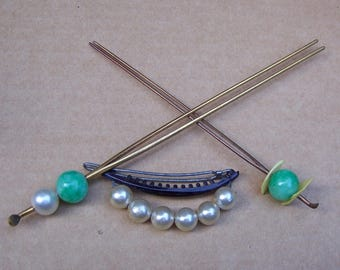 2 vintage kanzashi hair pick Japanese geisha faux jade hairpin hair fork hair accessory hair jewelry (AAD)