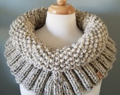 Cowl wrap scarf, warm, chunky, Shoulder wrap, acrylic/Wool blend, great gift, autumn/fall, made to order!