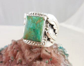 Native American Green Turquoise Sterling Silver  Signed Ring