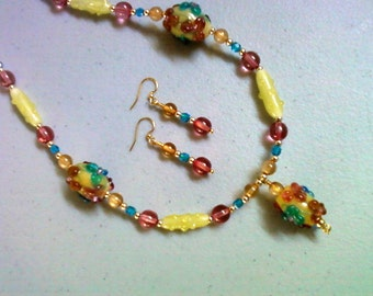 Floral necklace and earrings (0707)