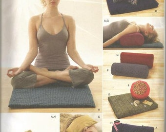 Yoga Accessories By Andrea Schewe One Size OOP Simplicity 3583 Uncut FF Sewing Pattern Meditation Accessories