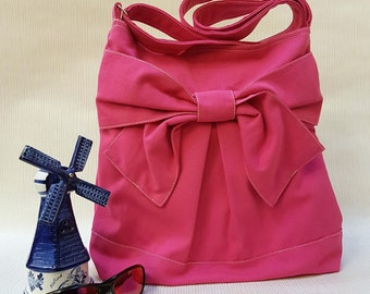 Redridingbow: Everyday Bag, Messenger Crossbody Bag, Shoulder Bag, Diaper Bag, School Bag, Travel Bag,Shopping Bag -Pretty Bow in Pink