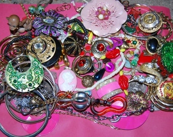 Jewelry Lot Crafters Haven Over 2 lbs Gypsy Boho Flowers Necklaces Earrings Pendants Destash