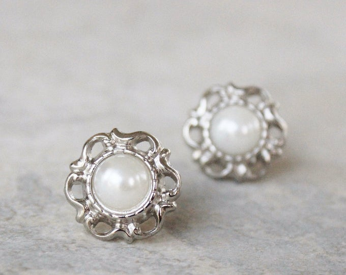 Pearl Bridesmaid Earrings, Pearl Wedding Jewelry, Inexpensive Pearl Earrings, Filigree Earrings, Silver and White Pearl Earrings