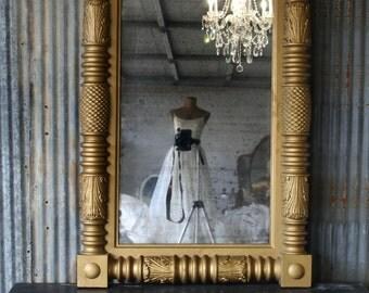 P A R L O R  Mirror, Gold Mirror, Antique, Pineapple, Federal ,Greek Revival