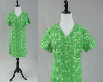60s Green Dress - White Embroidered Leaf Print - Linen Look - Vintage 1960s - M 40-35-43
