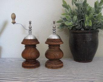 Wooden Pepper Grinder & Salt Shaker