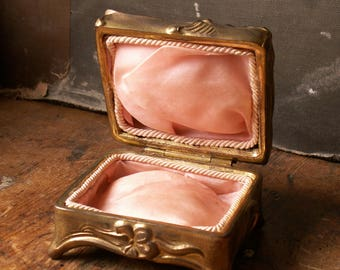 Vintage Art Nouveau Gold Hinged Casket Jewelry Box with Pink Lining - Unique Footed Presentation Box for Your Wedding Day