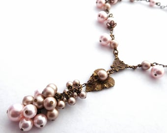 Blush pearl dangle necklace, beige pale pink drop cluster Y necklace, antiqued brass chain, leaf drop, pink bridal jewelry, pearl jewelry