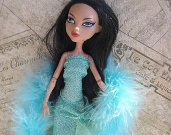Monster High Gown Glitter Gown With Blue Boa