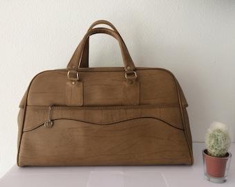 Vintage beige leatherette bag, shoppingbag, weekender or schoolbag